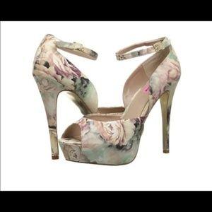 NWOT Betsey Johnson Floral Heels